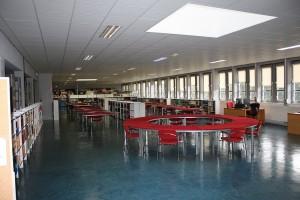 Salle de bibliographie BU droit-lettres