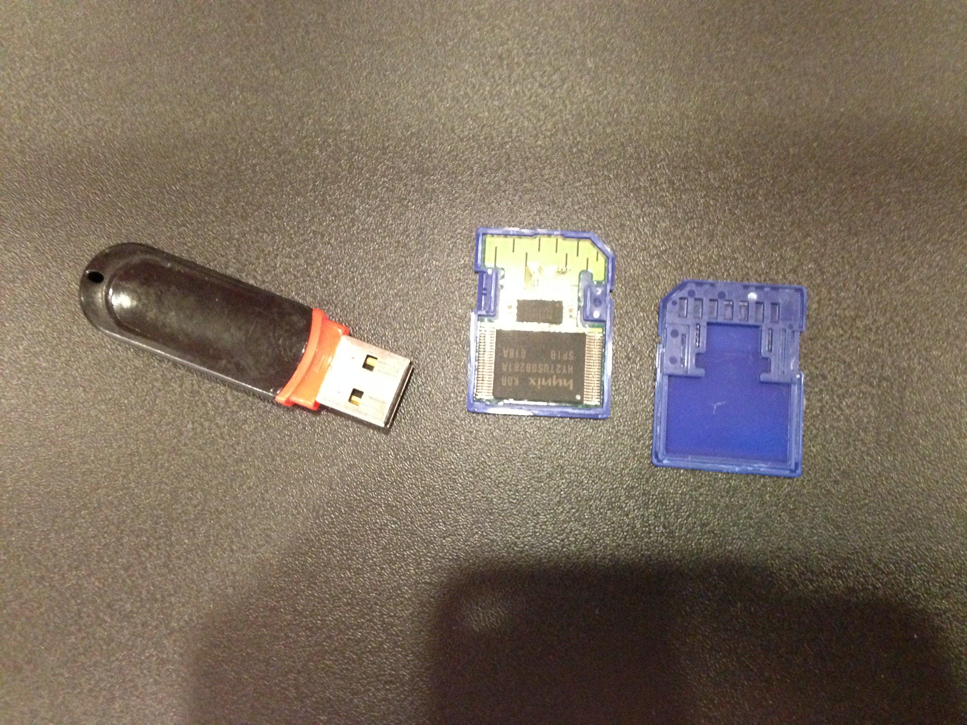 Mémoire flash (carte SD, clé USB…), 1988